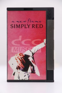 Simply Red - A New Flame (DCC)