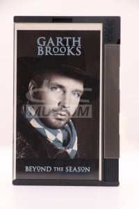 Brooks, Garth - Beyond the Season (DCC)
